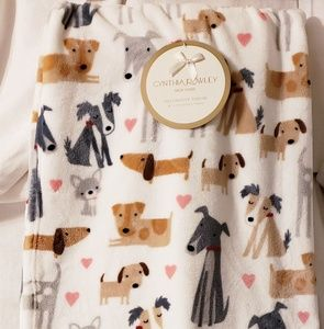 New Cynthia Rowley Doggie Blanket